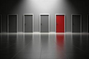varias_puertas_opciones_elegir